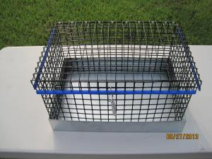Single hole 1 x 1 vinyl wire 14 gauge 12W x 18L x 8H  cavy cage no bottom $35.50 With bottom  $39.50